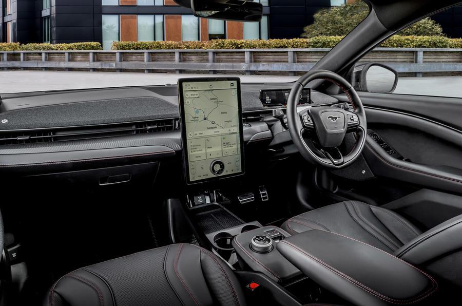 8 Ford Mustang Mach E 2021 UE : essai routier de l'habitacle