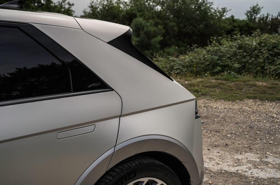 8 Hyundai Ioniq 5 2021 FD plaques de Norvège trois quarts arrière