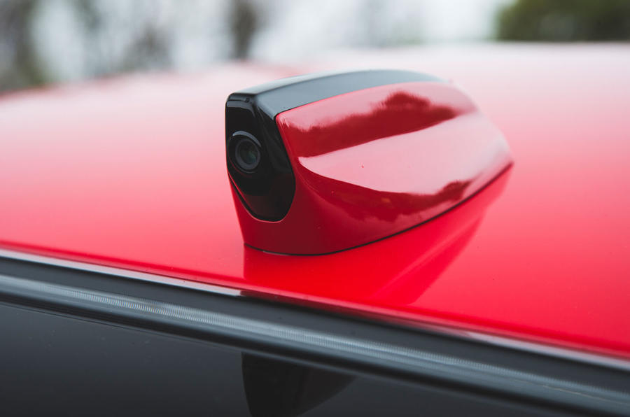 Jaguar XE P300 2019 first drive review - reversing camera