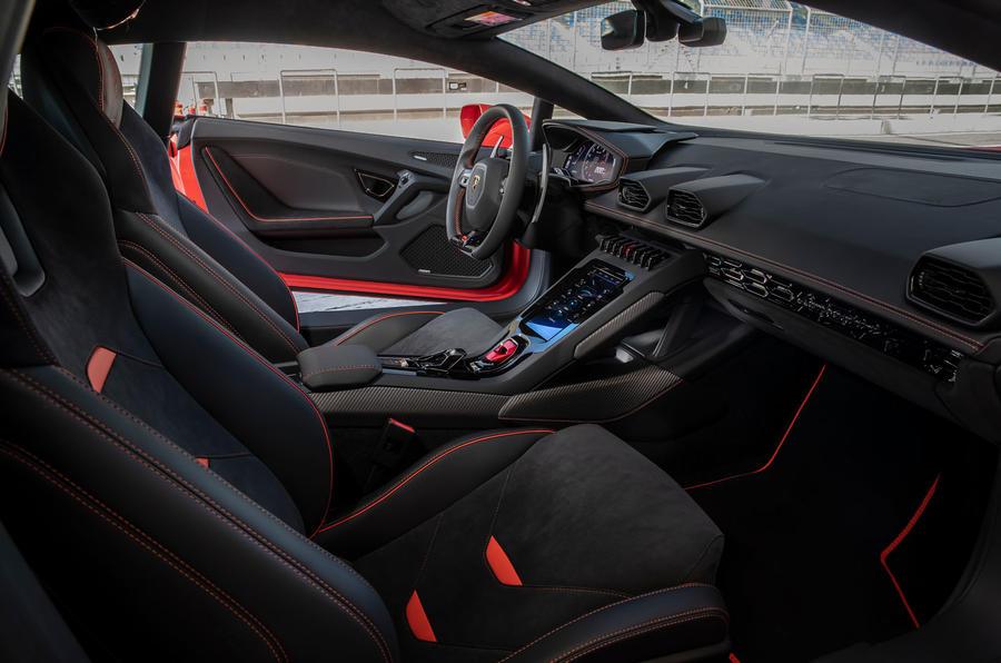 Lamborghini Huracan Evo 2019 first drive review - cabin