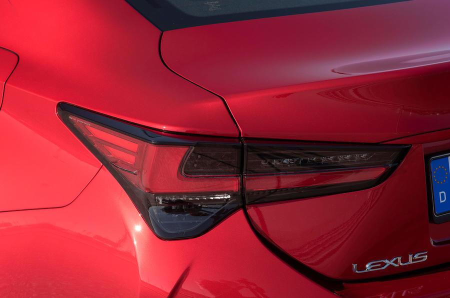 Lexus RC 300h 2019 first drive review - rear lights