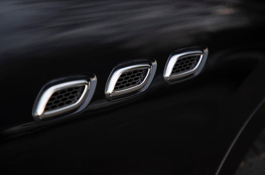 Maserati Levante GranSport V6 2018 first drive - side vents
