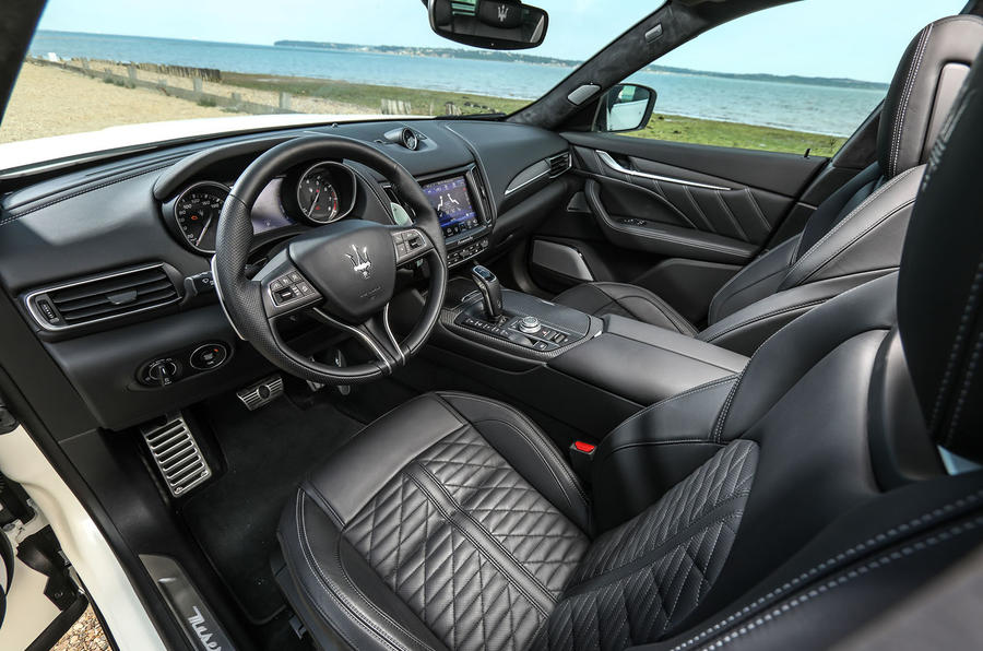 Maserati Levante Gransport 2018 UK first drive review dashboard