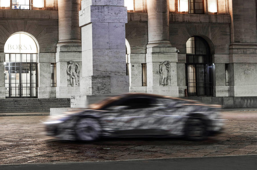 Maserati MC20 prototype 2020 - hero side