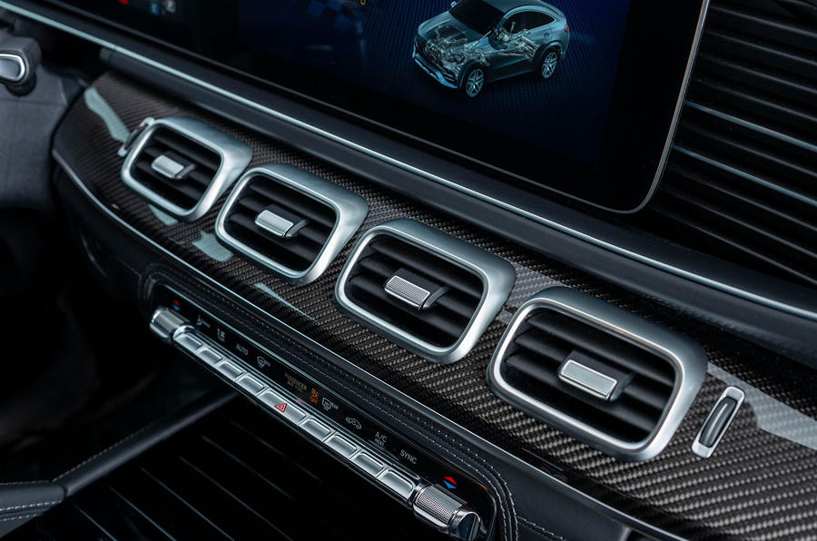 Mercedes-AMG GLE 53 2020 first drive review - dashboard air vents
