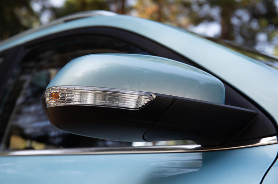 MG ZS EV 2019 UK first drive review - wing mirrors