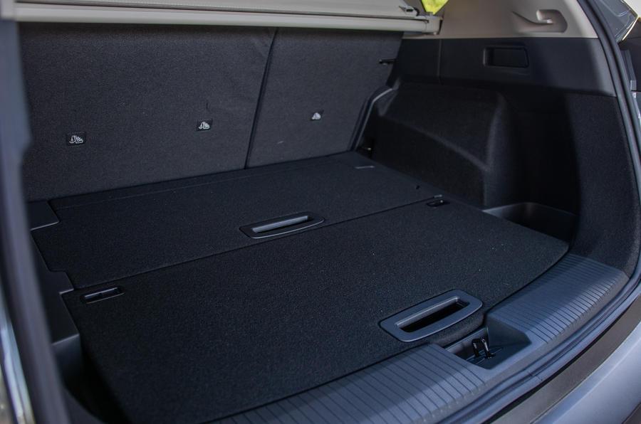 8 Nissan Rogue 2021 USA FD coffre