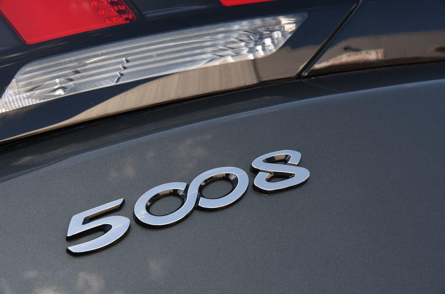 Peugeot 5008 2018 long-term review rear badge