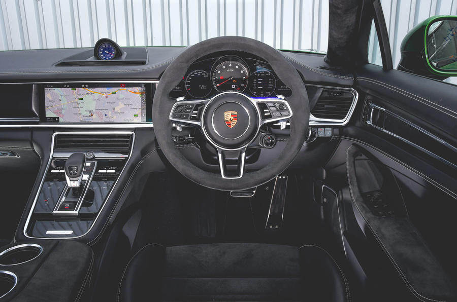 Porsche Panamera GTS 2019 UK first drive review - dashboard