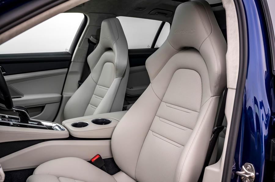 8 Porsche Panamera Turbo S E Hybrid ST 2021 UE FD sièges avant