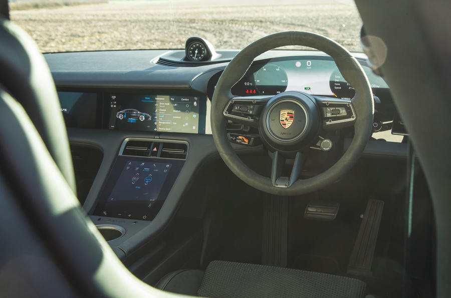 Porsche Taycan 4S 2020 UK first drive review - steering wheel
