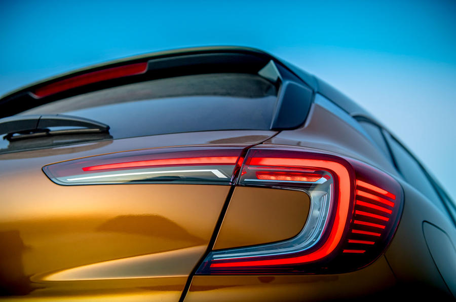 Renault Captur 2019 first drive review - rear lights