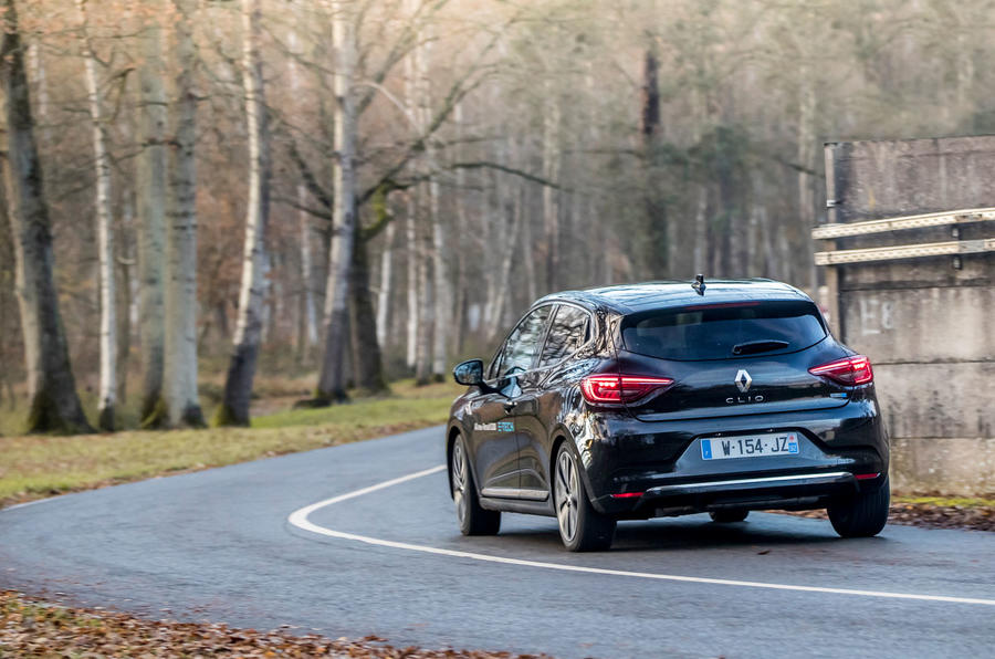 Renault Clio E-Tech 2020 first drive review - on the road rear
