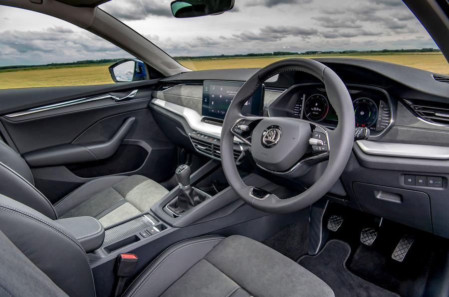 Skoda Octavia hatchback 2020 UK first drive review - cabin