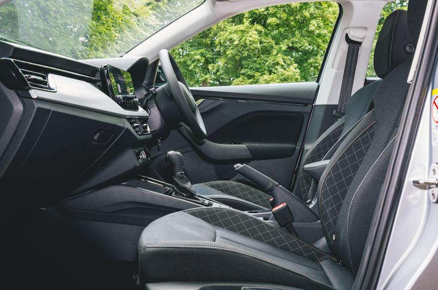 Skoda Scala 1.5 TSI SE 2019 UK first drive review - cabin