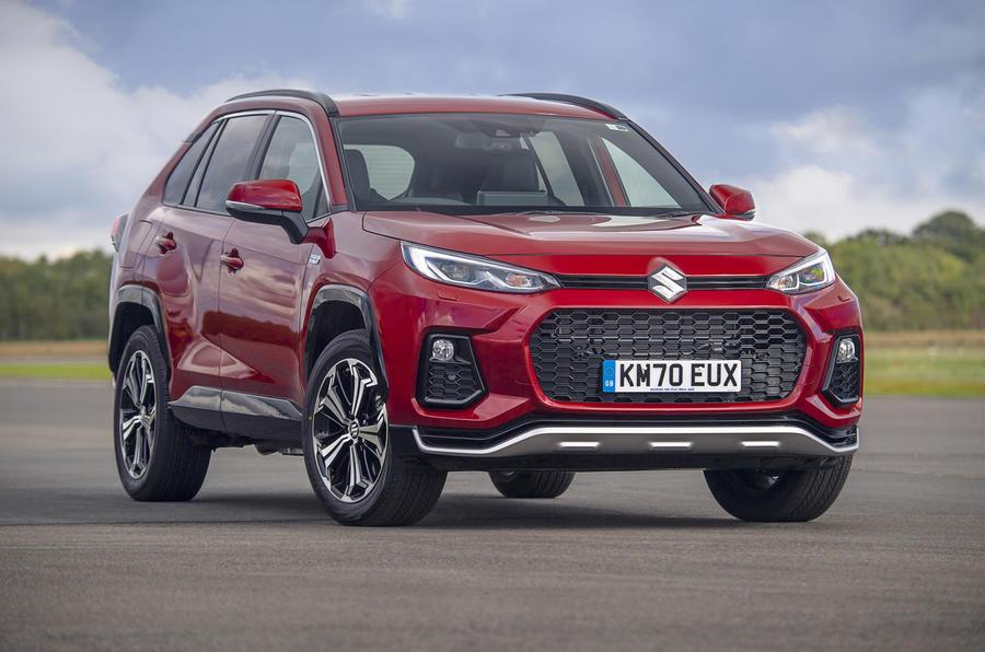 Suzuki Across Hybrid 2020 : premier bilan de la conduite au Royaume-Uni - statique à l'avant