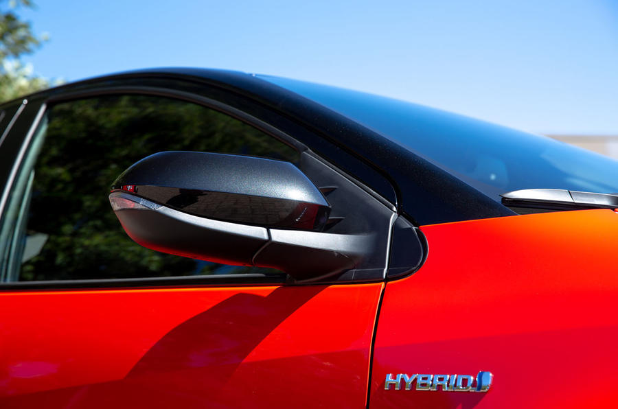 Toyota Yaris hybrid 2020 UK first drive review - wing mirrors