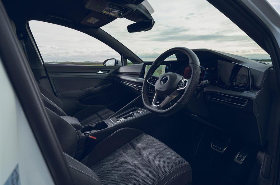 8 Volkswagen Golf GTD 2021 : première cabine d'examen de conduite au Royaume-Uni