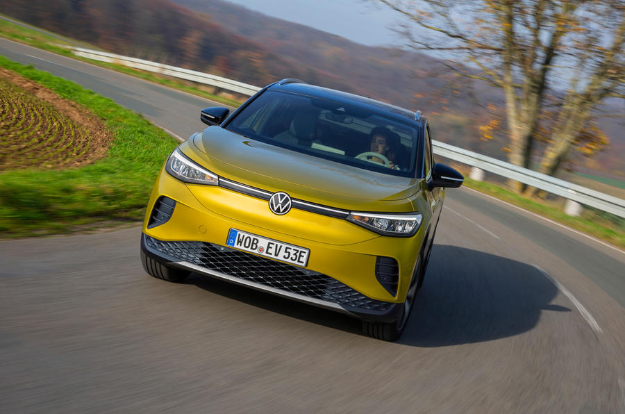 Volkswagen ID 4 2021 first drive review - cornering front