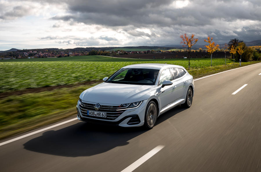 Volkswagen Arteon Shooting Brake eHybrid 2020 first drive review - on the road front