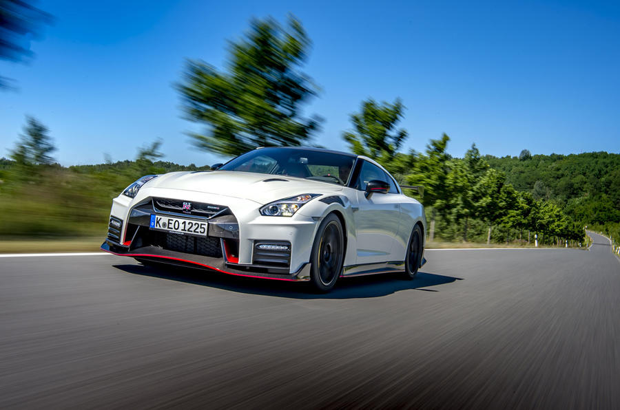 Nissan GT-R Nismo 2020 official reveal - road front