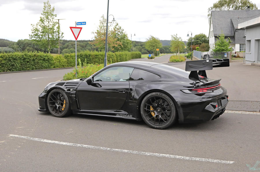 Porsche 911 GT3 RS - spy shots