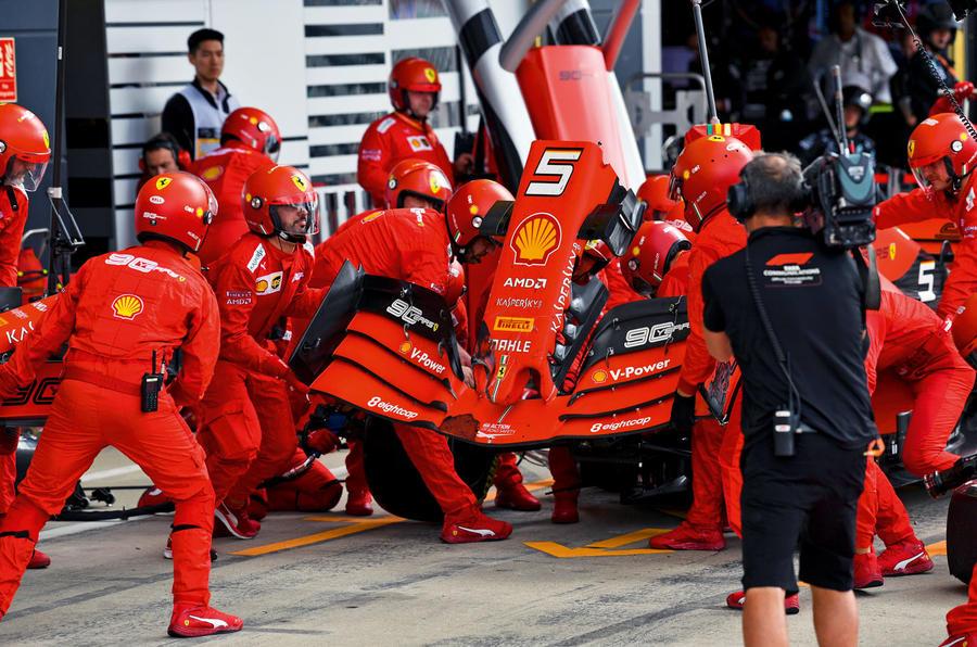 Autocar fixes Formula One - pit lane