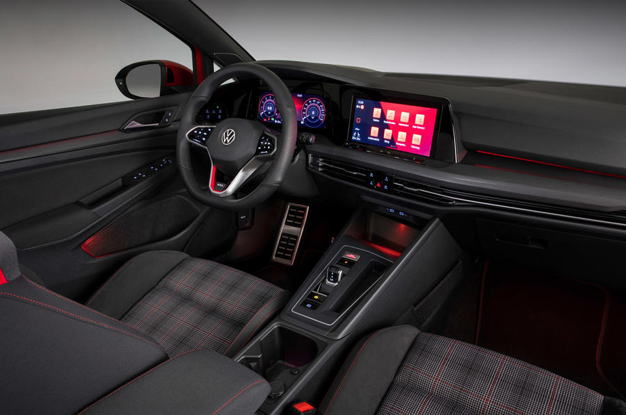 Volkswagen Golf GTI 2020 - interior