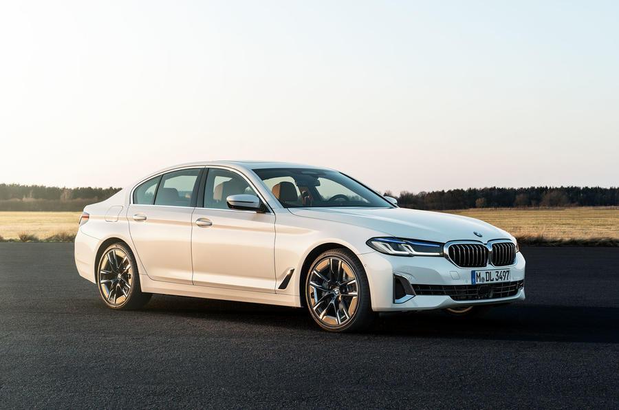BMW 540i 2020 facelift official images - static