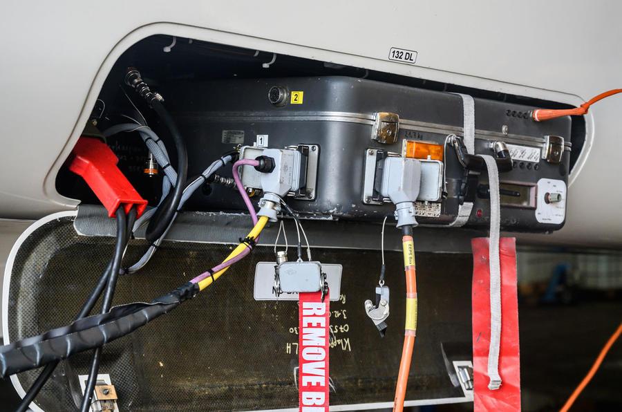 Autocar Christmas Road Test 2020: the Goodyear Blimp - ballast