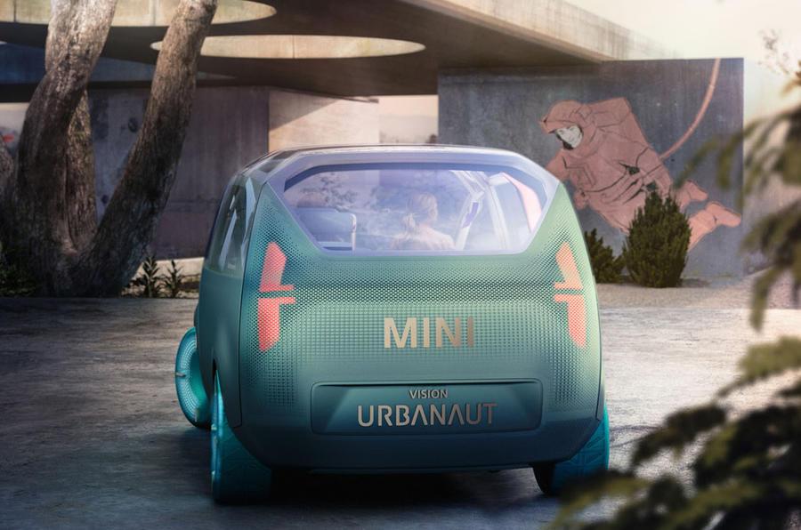 2020 Mini Urbanaut concept - rear