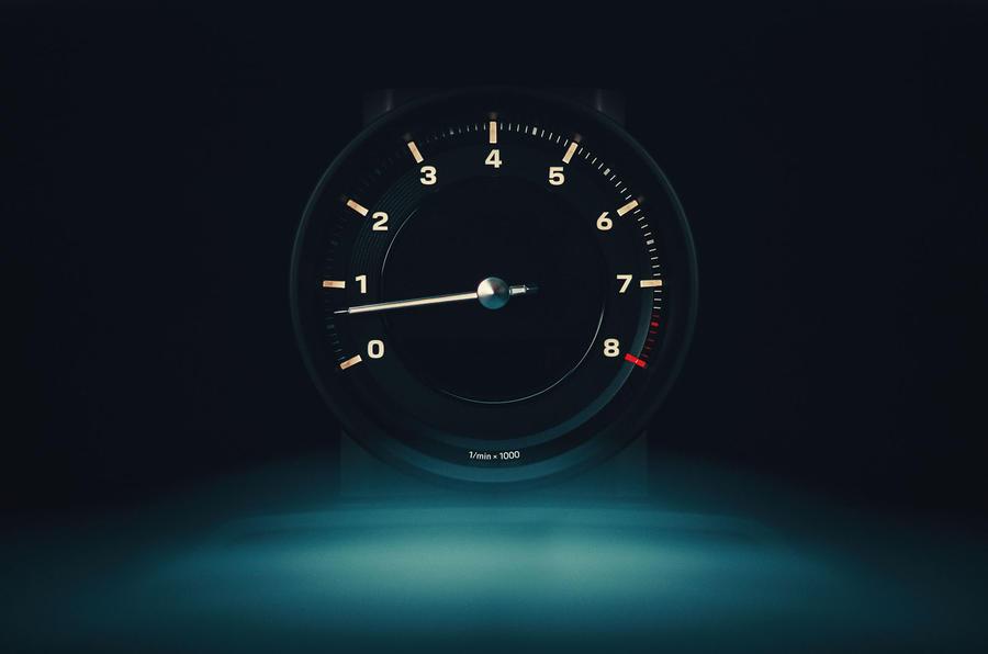 2019 Porsche 911 Carrera S track drive - analogue dials