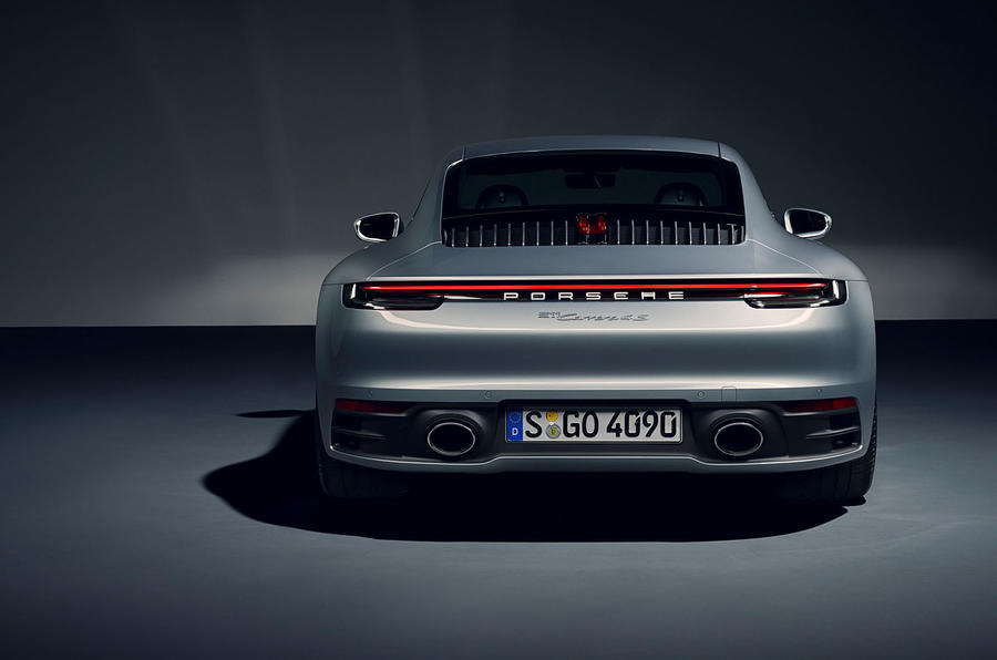 2019 Porsche 911 official reveal - studio rear
