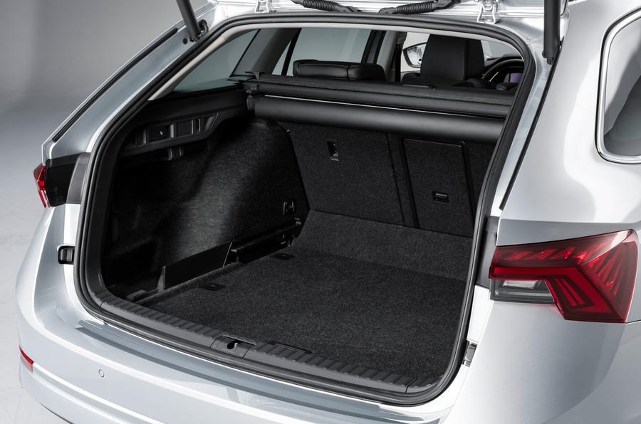 2020 Skoda Octavia official studio - boot