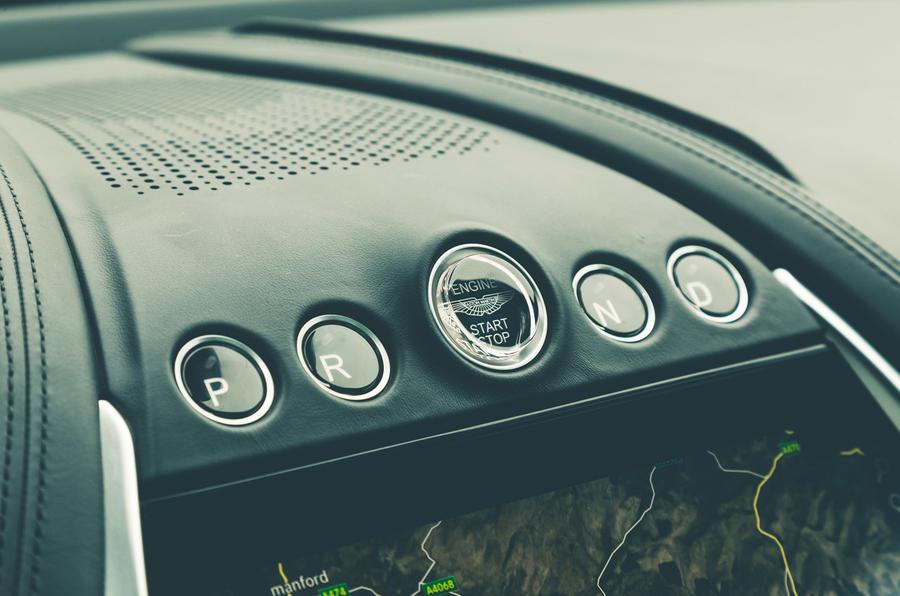 Aston Martin DBX 2020 prototype drive - drive select