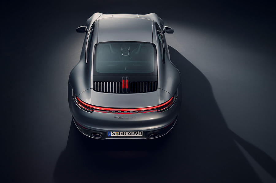 2019 Porsche 911 official reveal - studio top