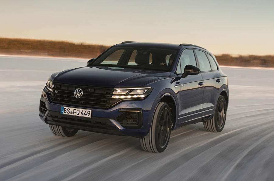 Volkswagen Touareg R 2020 official reveal images - driving front