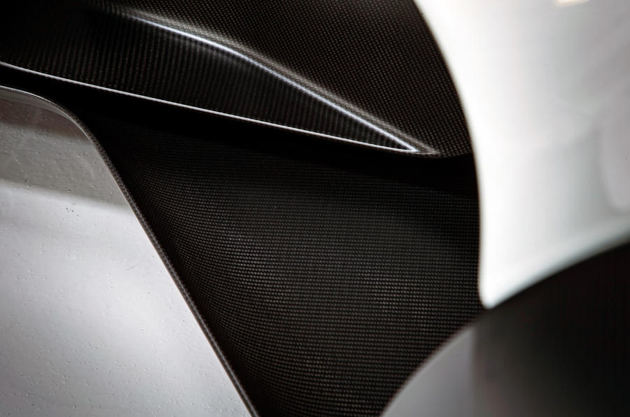 BAC Mono R carbonfibre feature - close-up