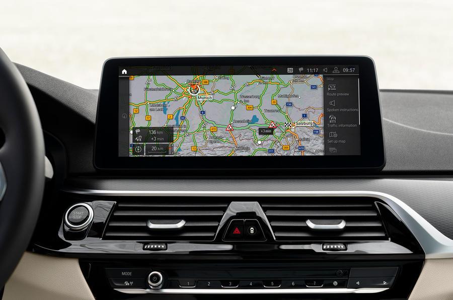 BMW 530e 2020 facelift official images - infotainment