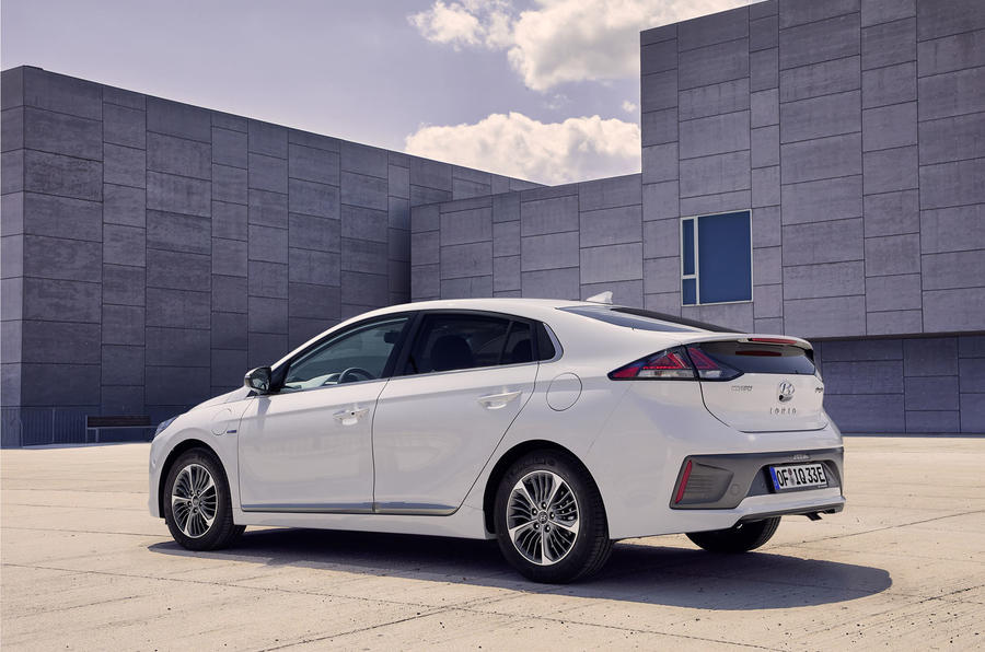 hyundai ioniq updated with more ev range and new kit autocar. Black Bedroom Furniture Sets. Home Design Ideas