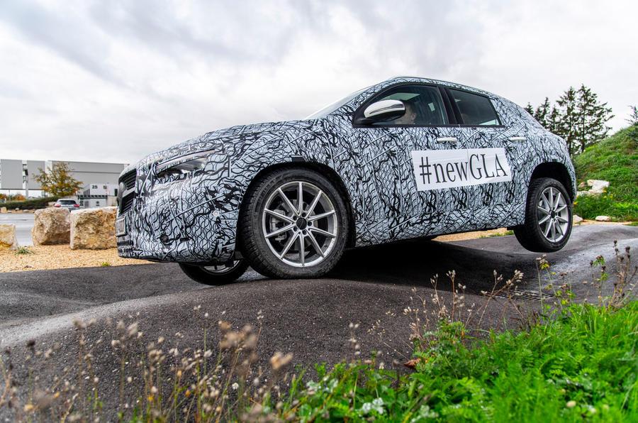 Mercedes-Benz GLA prototype ride 2019 - close up