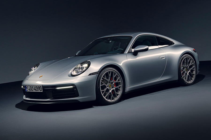 2019 Porsche 911 official reveal - studio front