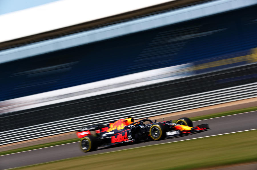 Beyond the scenes of Red Bull-Honda - tracking