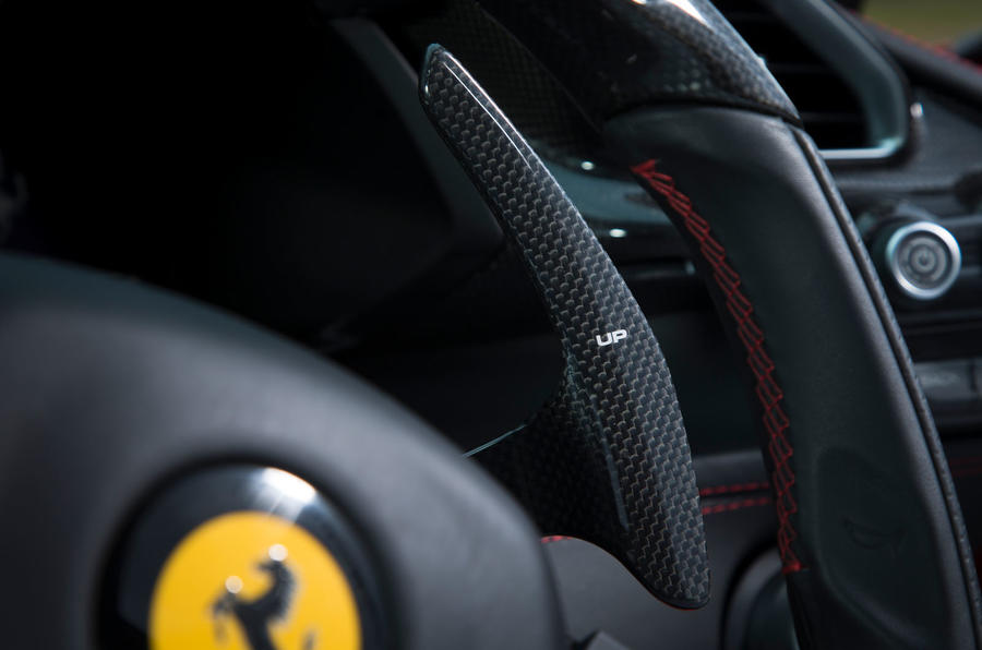 Ferrari 488 GTB rewind - paddle shifters
