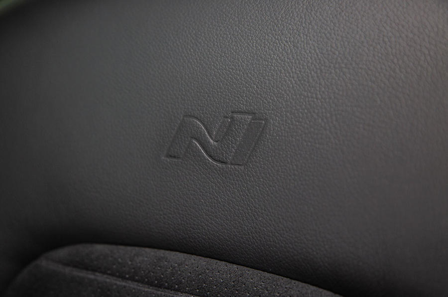Hyundai Tucson N Line 2019 reveal - seat details