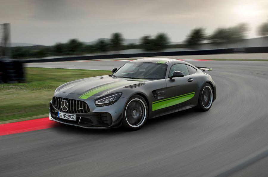 Mercedes-AMG GT R Pro 2018 LA motor show reveal - track front