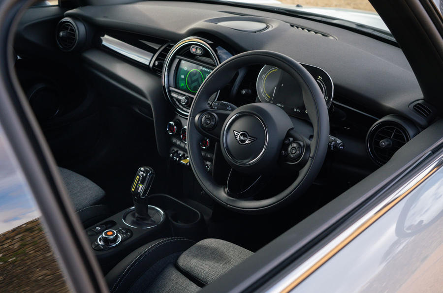 a month with a Mini Electric - interior