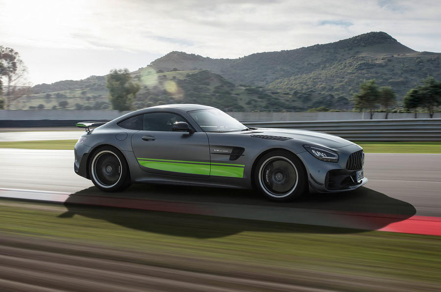 Mercedes-AMG GT R Pro 2018 LA motor show reveal - track side