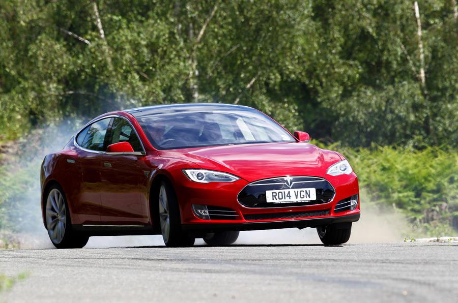 Tesla Model S road test rewind - dorifto