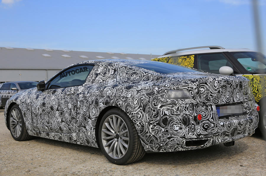 BMW 8 Series spotted in development